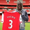 Arsenal sign Bacary Sagna