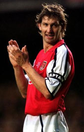 tony-adams-captain.jpg